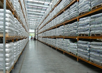 A seed factory uses a strong fibre concrete slab to distribute working loads