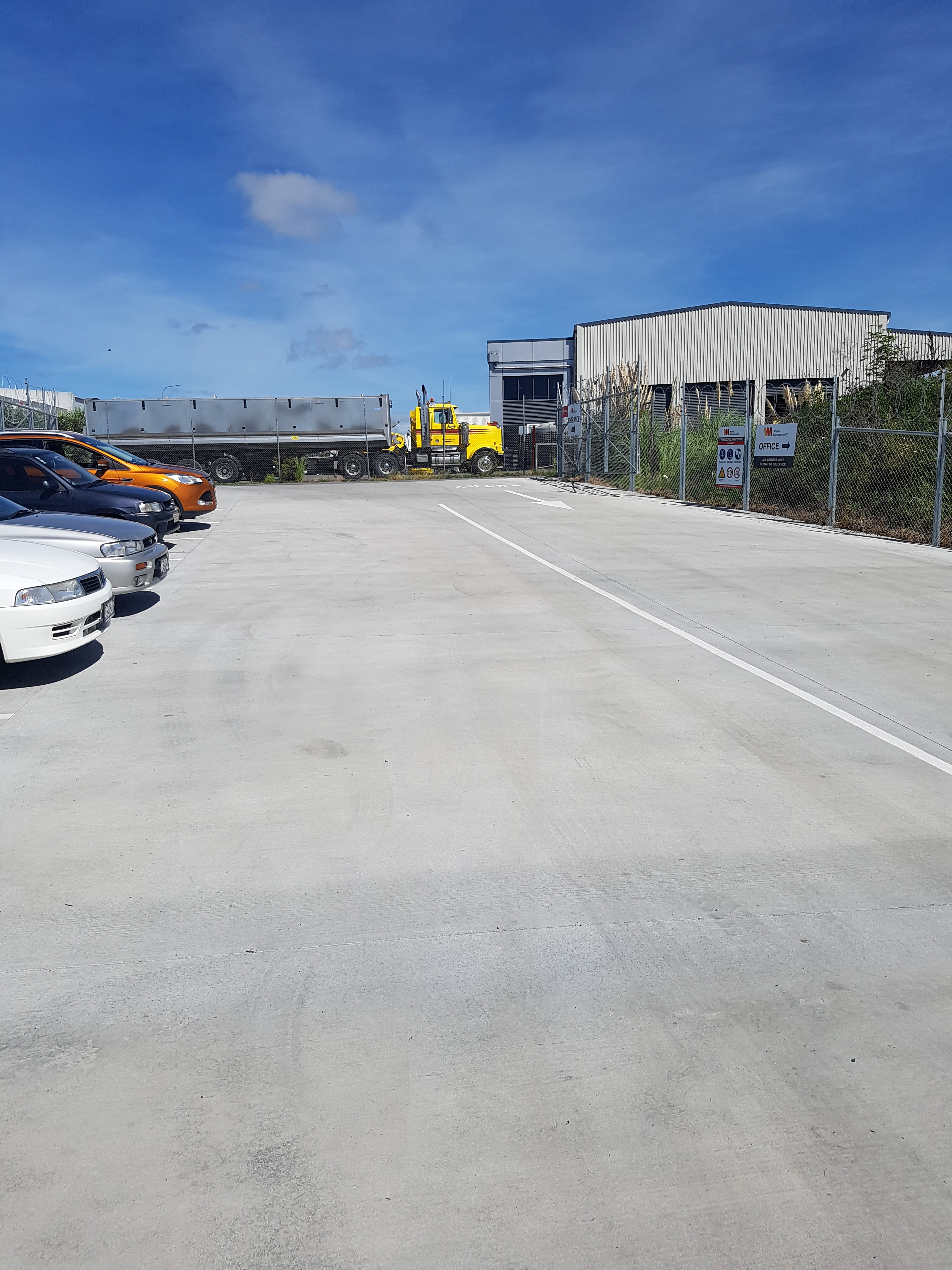 Large loading bay yard showing the size of slabs pourable with our steel fibre technology