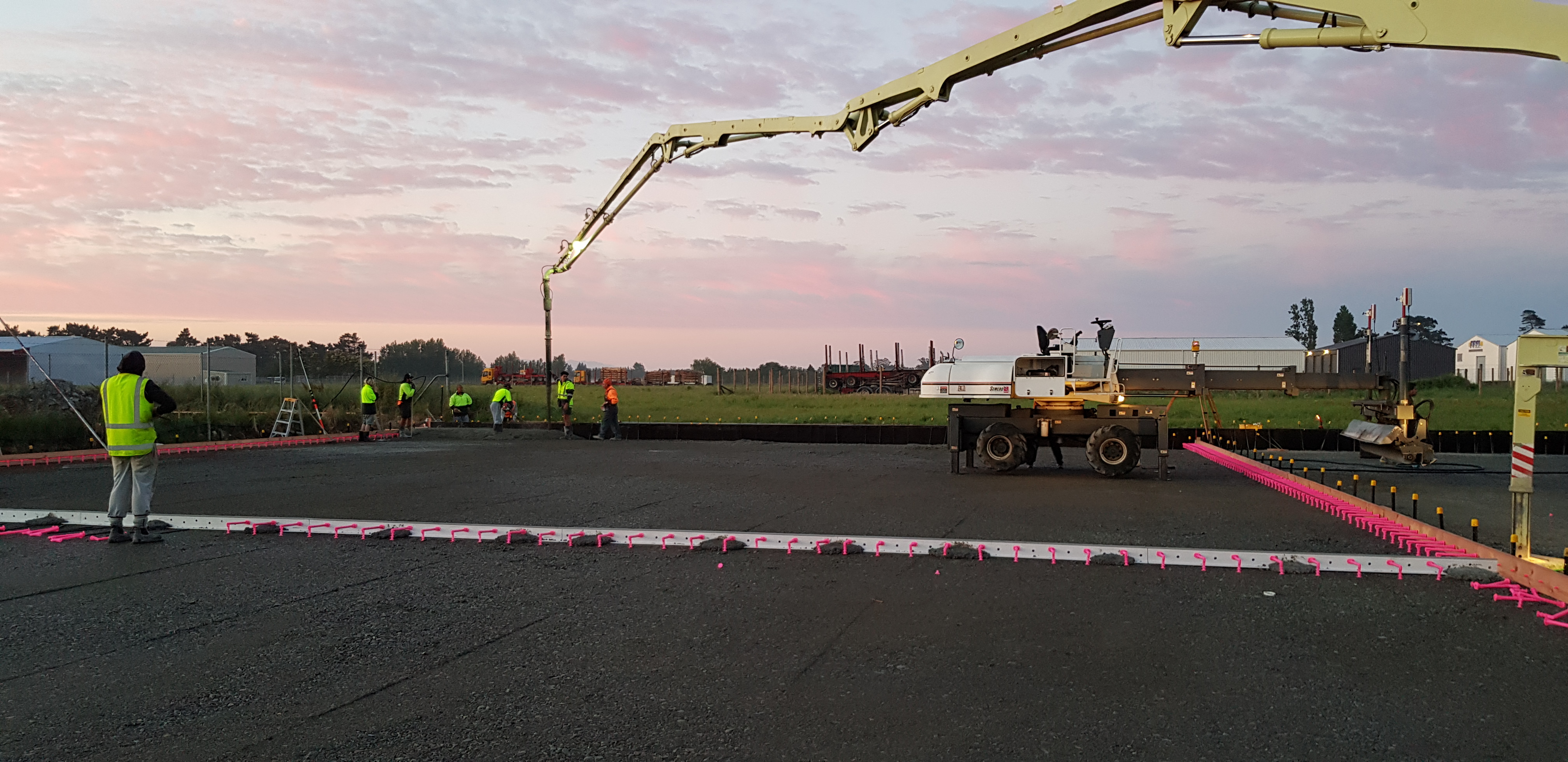 A large concrete slab with steel fibre reinforcing by Inforce is poured